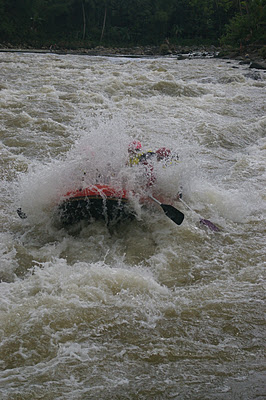 Objek Wisata Banjarnegara Travel Tempat Arung Jeram Sungai Serayu Berada