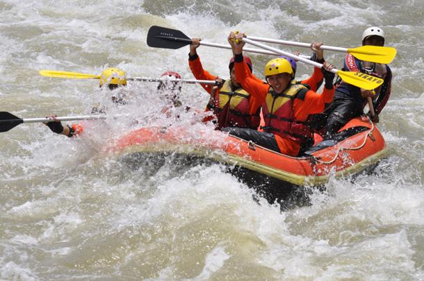 Outbound Adventures Rafting Serayu Sungai Terletak Kab Banjarnegara Arum Jeram