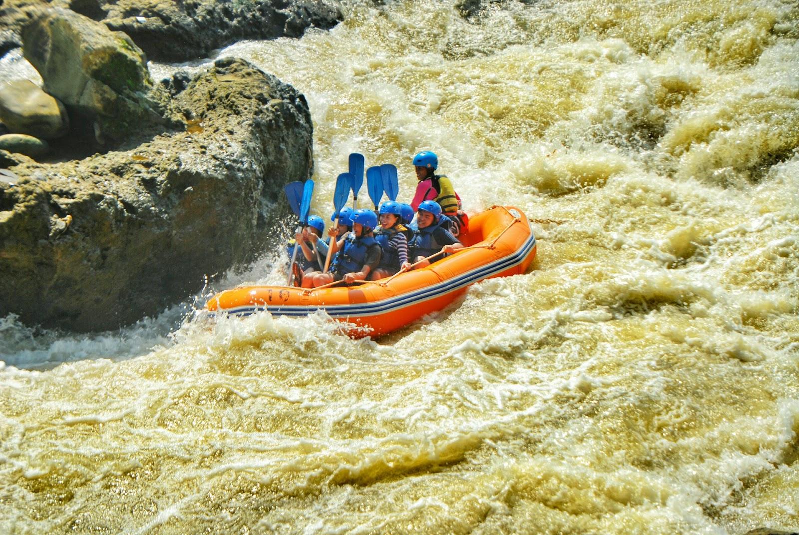 Paket Rafting Serayu Losmen Budjono Dieng Dokumentasi Arum Jeram Sungai