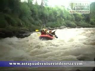 Rafting Arung Jeram Sungai Serayu Banjarnegara Video Adventure Indonesia Arum