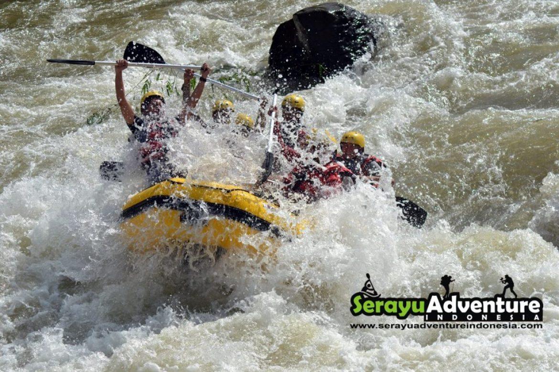 Serayu Adventure Indonesia Wisata Arung Jeram Sungai Rafting Banjarnegara Arum