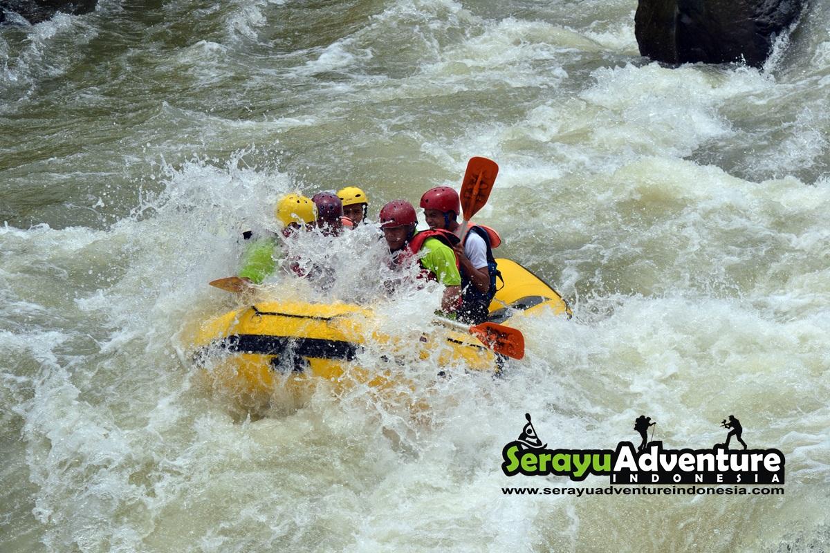 Serayu Adventure Indonesia Wisata Arung Jeram Sungai Smp Negeri 2