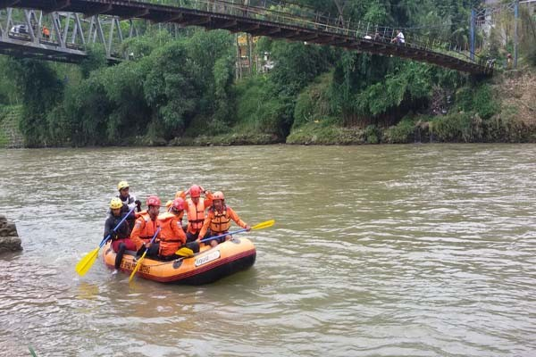 Tenggelam Sungai Serayu Warga Banjarnegara Ditemukan Tewas Arum Jeram Kab