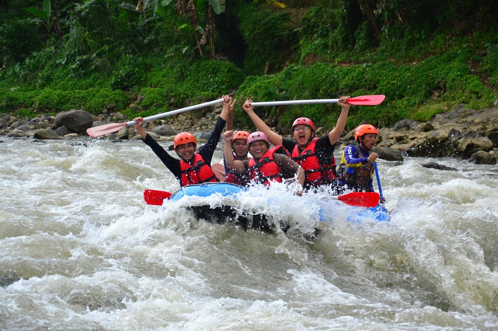 Wisata Arung Jeram Serayu Banjarnegara Menguji Adrenalin Kota Tersebut Terdapat