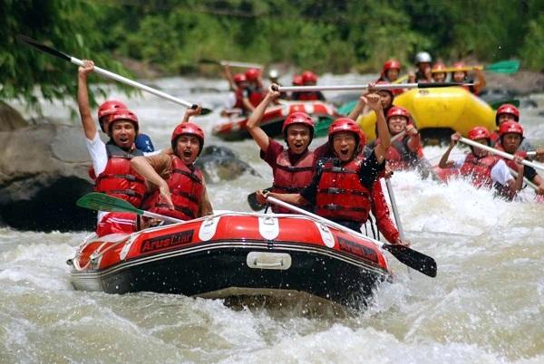 Wisata Arung Jeram Serayu Banjarnegara Menguji Adrenalin Kumpulan Foto Keren
