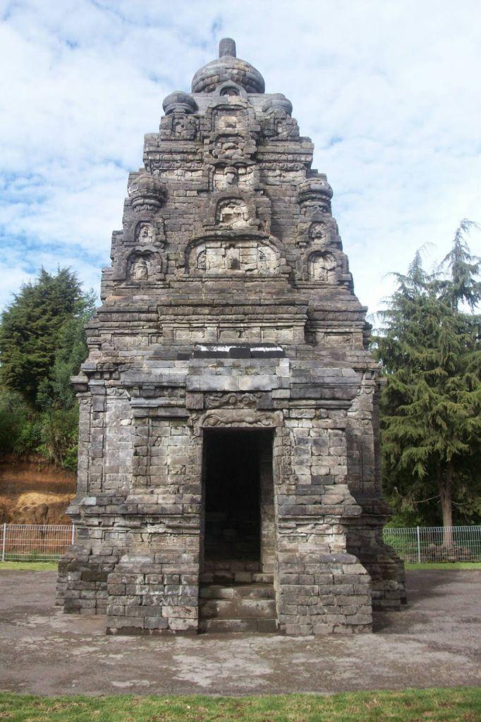 Candi Bima Wisatajateng Dieng Kab Banjarnegara