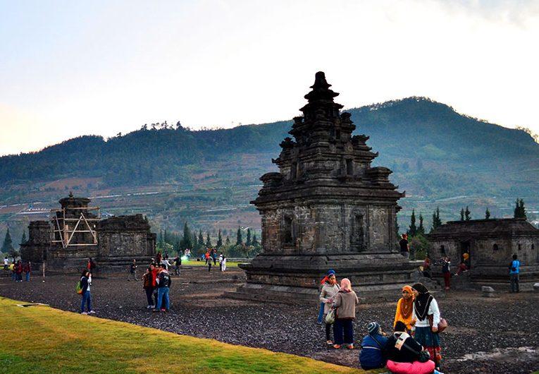 Kompleks Candi Arjuna Dataran Tinggi Dieng Jawa Tengah Bima Kab