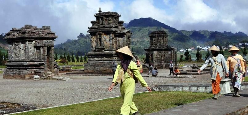 Terancan Ambles Candi Bima Dieng Dipugar Republika Online Lokasi Wisata