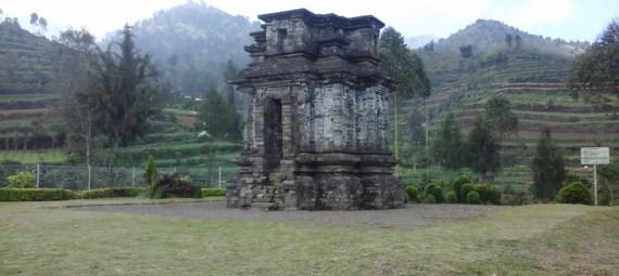 Candi Dwarawati Dieng Wisata Plateau Kab Banjarnegara