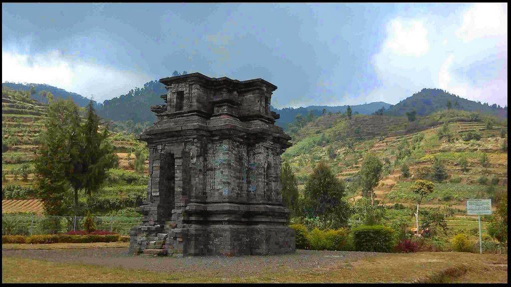Candi Dwarawati Wisatajateng Dieng Kab Banjarnegara