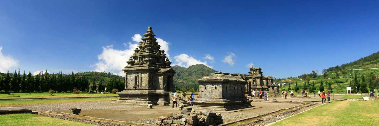 Kompleks Candi Arjuna Terbesar Dieng Dwarawati Kab Banjarnegara
