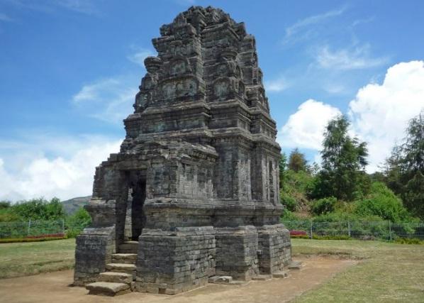 10 Tempat Wisata Dataran Tinggi Dieng Candi Bima Gatotkaca Kab