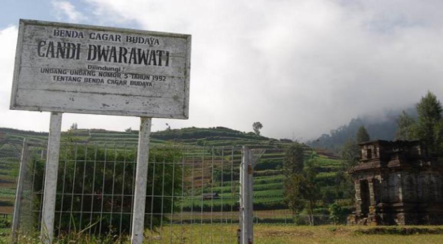 Candi Dwarawati Tersembunyi Paket Wisata Dieng Tour Gatotkaca Kab Banjarnegara