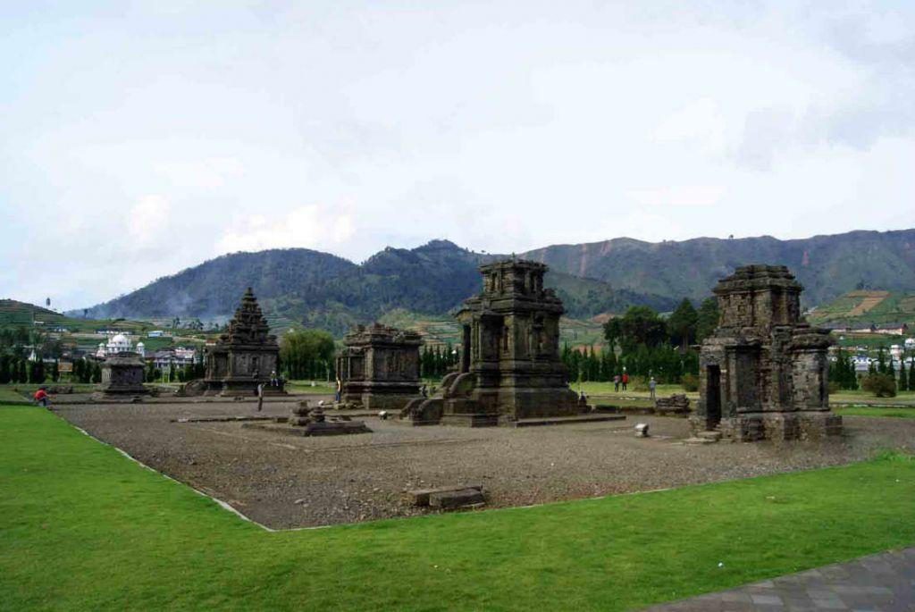 Komplek Candi Arjuna Wisatajateng Percandian Kab Banjarnegara