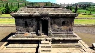 Kompleks Candi Arjuna Terbesar Dieng Komplek Percandian Kab Banjarnegara