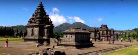 Liburan Banjarnegara Sambil Wisata Sejarah Candi Arjuna 5 Buah Bangunan