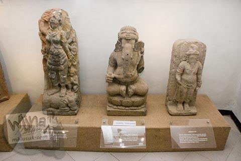 Maw Mblusuk Museum Dieng Kailasa Foto Koleksi Arca Durga Ganesha