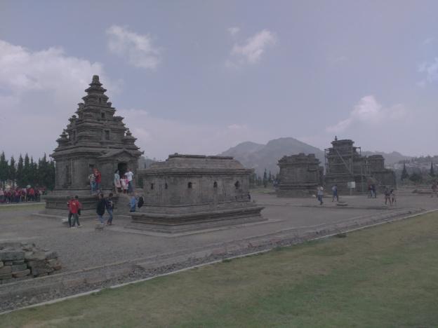 Mengunjungi Tanah Dewa Bersemayam Ndayeng Komplek Candi Arjuna Museum Kaliasa