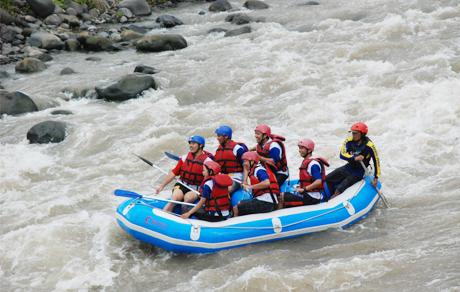Surya Yudha Park Banjarnegara Hotel Waterpark Bintang 3 120 Kamar