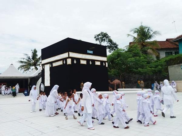 Surya Yudha Park Wisata Keluarga Adem Banjarnegara Manasik Haji Kab