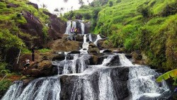 Pesona Air Terjun Musiman Bantul Tuwondo Ecodelmolise Keindahan Alami Wisata