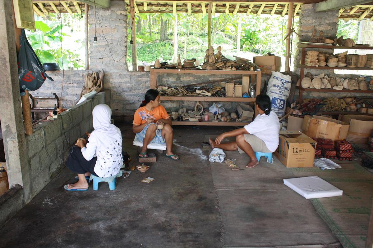 Mengunjungi Desa Batik Tulis Kayu Bantul Catatan Nobi Tempat Kerajinan