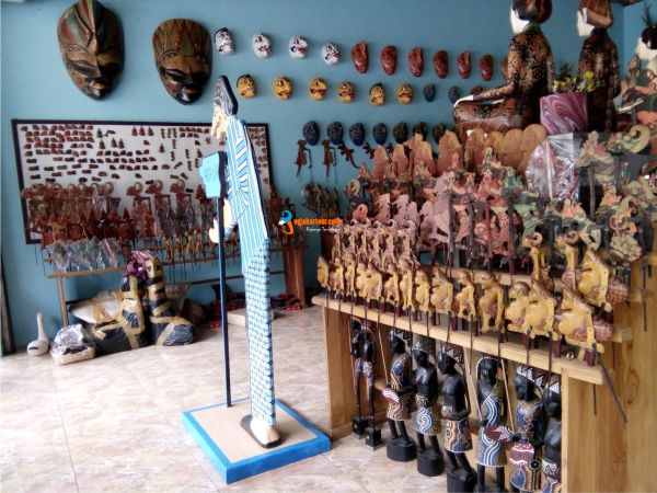 Paket Wisata Jogja Tour Custom Travel Terbaik Krebet Desa Batik