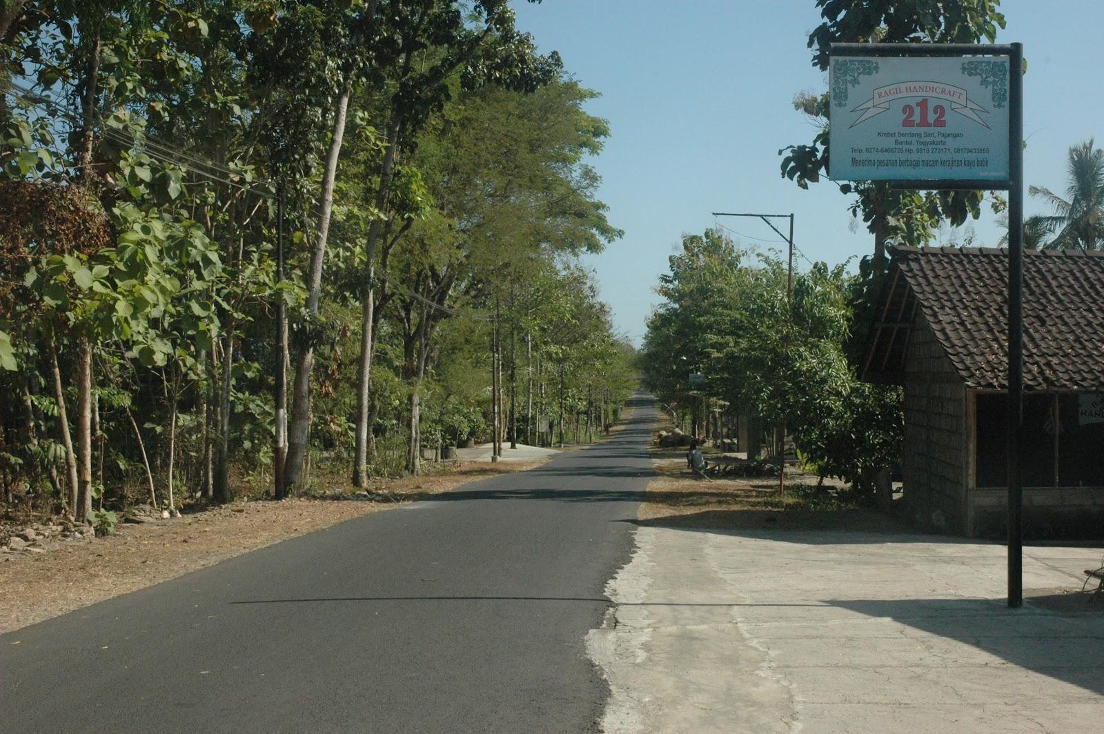 Pesona Wisata Kabupaten Bantul Desa Kerajinan Batik Kayu Krebet Kab