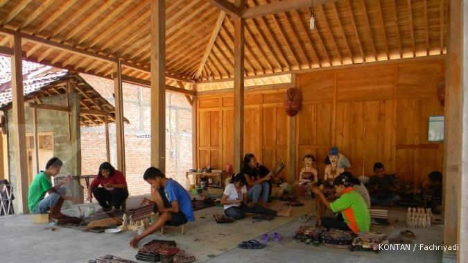 Sentra Batik Krebet Tempat Berburu Kayu 1 Desa Wisata Kab