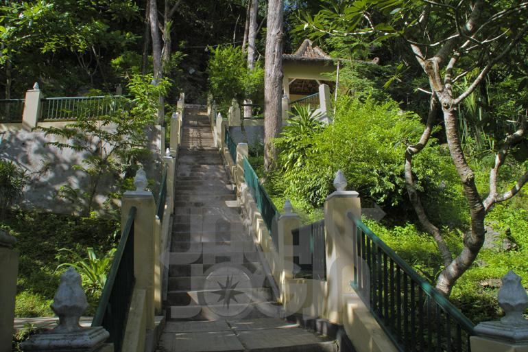 Goa Selarong Benteng Perlawanan Pangeran Diponegoro Jalanjogja Bantul Kab