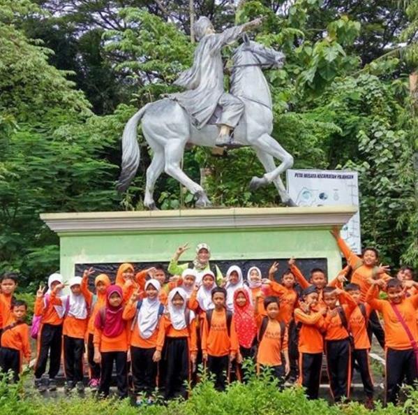 Misteri Air Terjun Goa Selarong Bantul Yogyakarta Patung Diponegoro Instagram