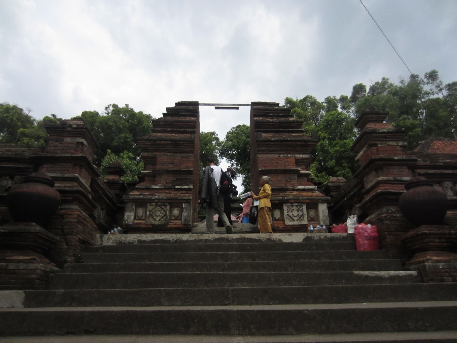Imogiri Yogyakarta Attraction Indonesia Justgola Copy Swand Makam Raja Kab