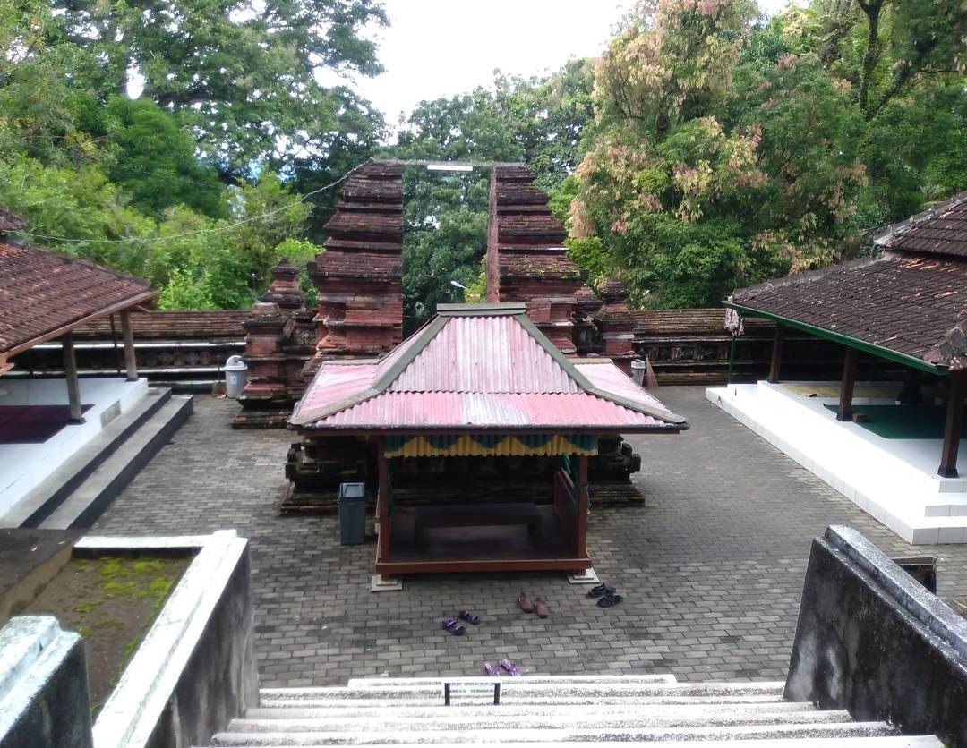 Makam Raja Imogiri Travelisto Tour Jasa Sewa Mobil Rental Kab