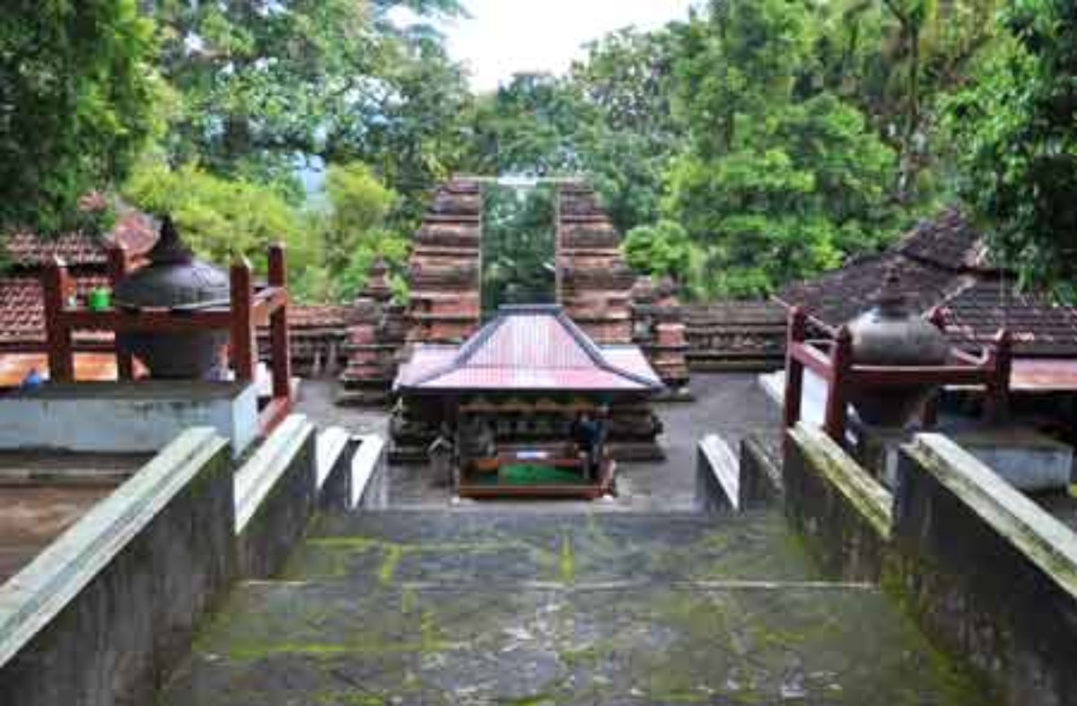 Makam Raja Wisata Pantai Sekitar Jogja Mataram Imogiri Kab Bantul