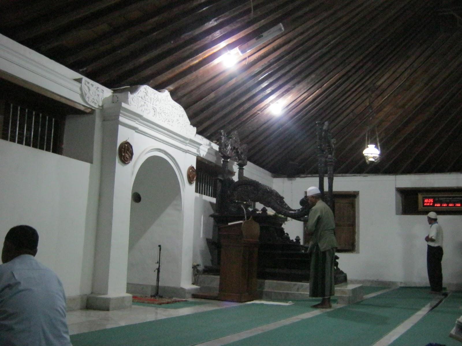Jelajah Masjid Besar Mataram Kotagede Jogjakarta Adem Rasanya Duduk Tua