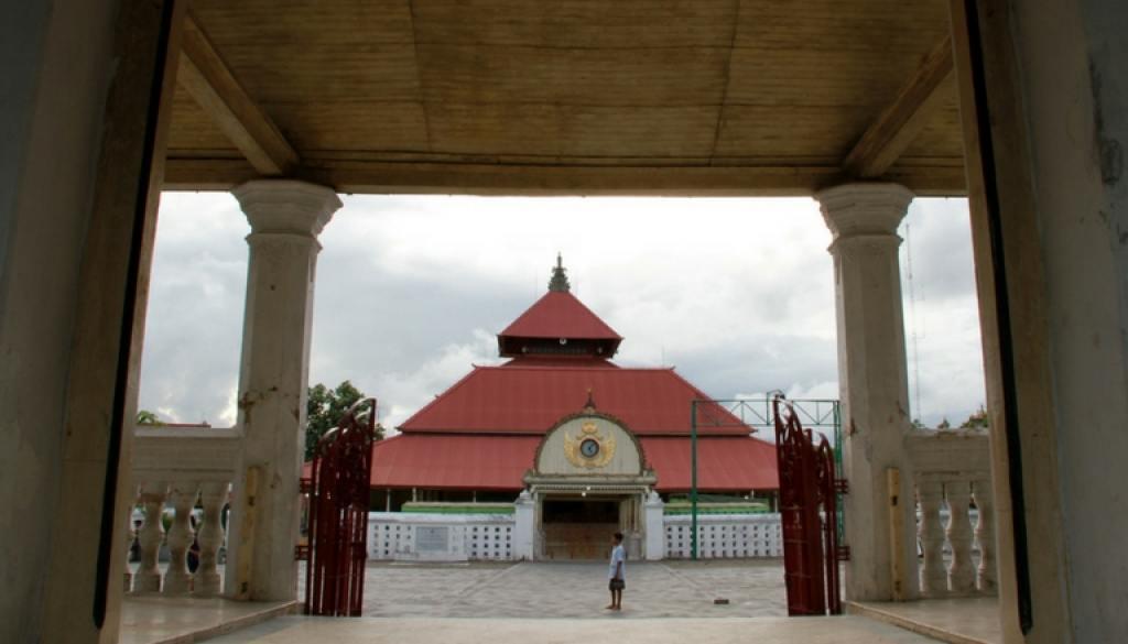 Masjid Berarsitektur Budaya Jawa Yogyakarta De Jogja Kotagede Kab Bantul