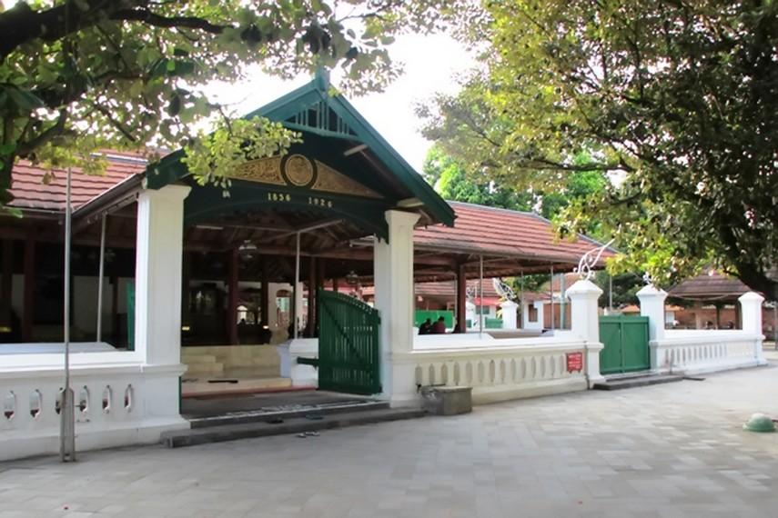 Masjid Mataram Kotagede Simbol Kerukunan Umat Beragama Salah Satu Bangunan