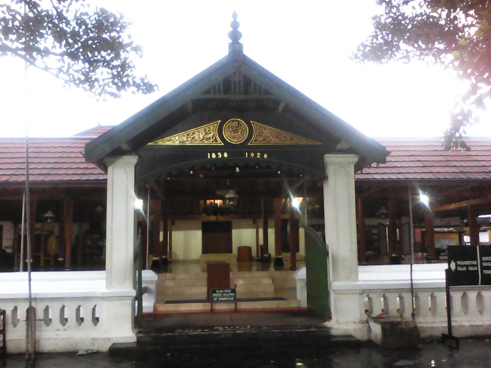 Wisata Budaya Kotagede Bangunan Masjid Terletak Sebelah Barat Alun Satu