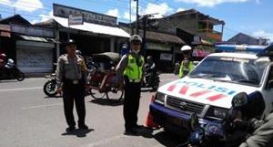 Pengamanan Giat Sarasehan Museum Taman Tino Sidin Tribrata News Personil