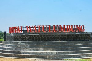Pantai Watu Lumbung Mejadi Idola Wisatawan Jogja Biasanya Gunungkidul Memang