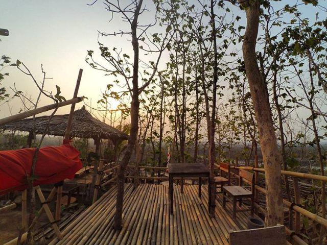 Seru Seruan 10 Wisata Bantul Kekinian Klikhotel Bukit Watu Lumbung