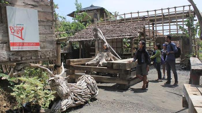 Watu Lumbung Bantul Kampung Edukasi View Lima Gunung Wisatawan Kab