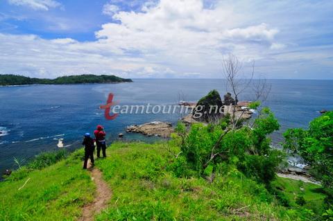 Wisata Petualangan Pantai Watu Lumbung Gunungkidul Teamtouring Pemandangan Diatas Wediombo