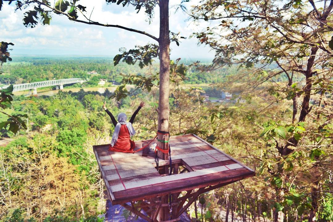 Wisatapulautidung Tempat Wisata Dekat Malioboro Yogyakarta Kampung Gajah Bandung Watu