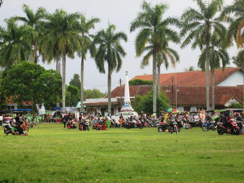 Alun Kota Banyumas Wisata Keramat Purwokerto Lihat Id Kab