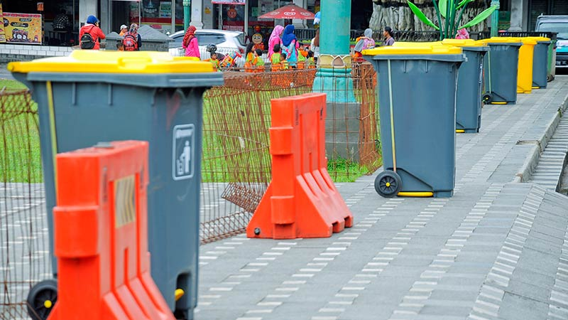 Alun Purwokerto Dikelilingi 46 Tempat Sampah Harusnya Makin Bersih Kab