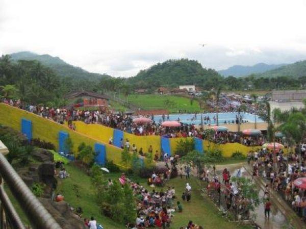 Pesona Indonesia Wisata Air Dream Land Water Park Ajibarang Dreamland