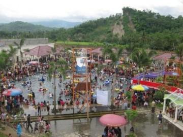 Pesona Indonesia Wisata Air Dream Land Water Park Ajibarang Lihat