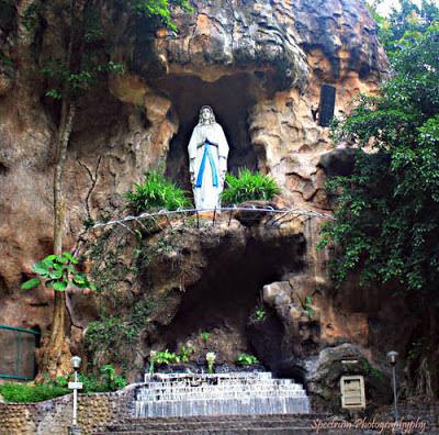 Berbagi Mimpi Cerita Kehidupan Tempat Ziarah Umat Katolik Gua Maria