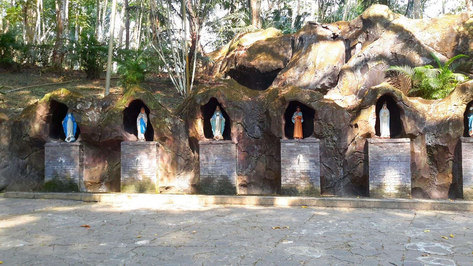 Keindahan Wisata Gua Maria Kaliori Trend Purwokerto Berada Wilayah Kecamatan